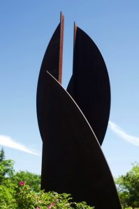Detail of J. Pindyck Miller '60, Youbie Obie, 1972-75, 1985, Corten steel. Photo by Matt Gillis '18.