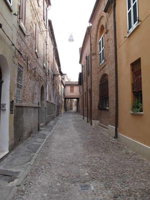 Via Vegri, in Centro