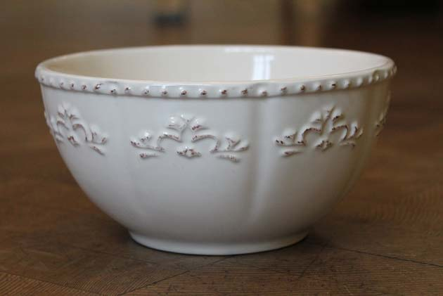 Contemporary cereal bowl