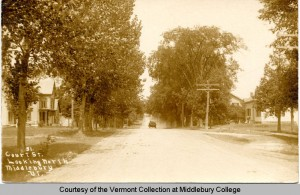 Court_St_looking_North_Middlebury_Vermont