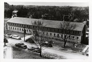Old Student Union Building-(where Proctor is now) -1947 Sycamore tree in center of photo