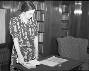 Viola White in Starr Library