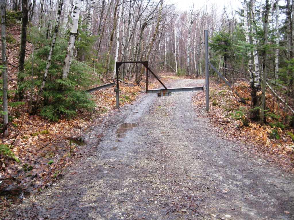 Mountain Biker-Friendly Gate